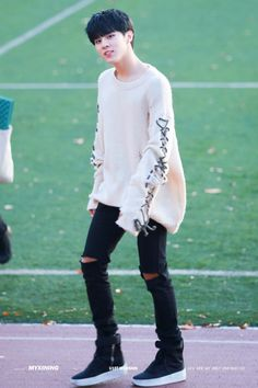 hobby make baju kyk itu abang 우신 Up10tion Wooshin, Fandom Kpop, Boy Idols, How To Speak Korean, My Children, Girlfriends, Handsome, Celebrities, Boys