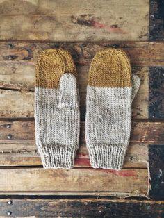 Colorblock Mittens in Midas - Rustic Handknit Wool