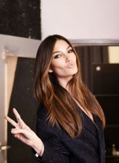 Lily Aldridge amazing brown with ombre