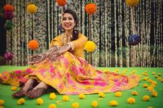 Offbeat Mehendi Outfits Spotted On Real Brides Mehndi Outfit, Indian Wedding Photography Poses, Before Wedding, Cape Dress, Photo Poses, Photo Shoot, Looking Gorgeous, Beautiful, Indian Girls