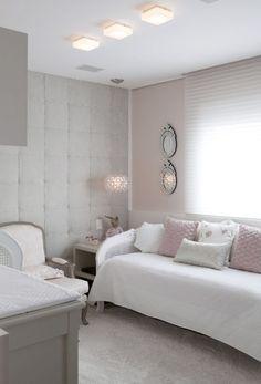 Quartinho cinza e rosa - Constance Zahn Baby Bedroom, Baby Room Decor, Baby Room Design, Home Office Decor, Home Decor, Awesome Bedrooms, Fashion Room, New Room, Decoration