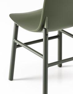 Silla de poliuretano SHARKY ALU by Kristalia diseño Eva Paster, Michael Geldmacher, Neuland (Paster
