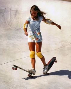 vintage everyday: These Skater Girls From The '70s Will Change How You Think About Women In The Past