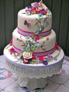 Bright summer blooms wedding cake | Lynette Horner | Flickr