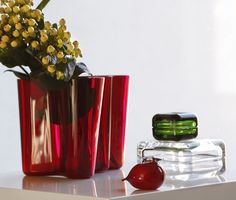Alvar Aalto red vase 160 mm , vitriini clear and green, Puffball red by Toikka