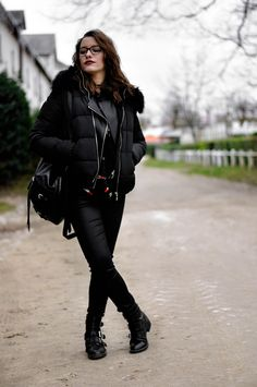 New #look on happinesscoco.com !!! | #style #outfit #winter |  - DOUDOUNE Jennyfer - JEAN Jennyfer  - BOOTS Pimkie - SAC Pimkie