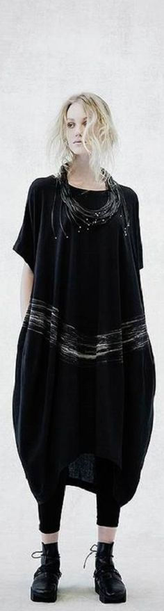 MOYURU SS2015 ♥FCL A bit like my black wide art dress have to wear it just like this, plain without a jacket or a cardigan