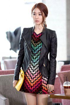Yoo In-Na, love her, LOVE her dress.