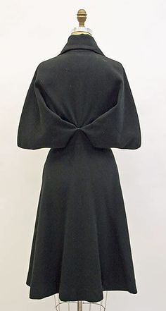 Another gorgeous Madame Gres coat. Back view. 1951