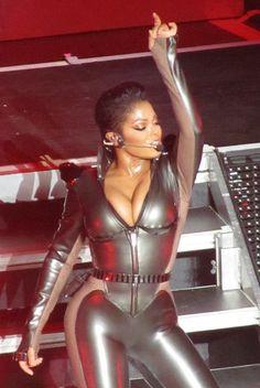 Jackson cause I'm nasty. Michael Jackson, Jackson Family, Janet Jackson, Jermaine Jackson, Black Celebrities, Celebs, Beautiful Black Women, Beautiful People, Celebrity Photography