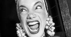 Eterna Diva - Carmen Miranda em preto e branco