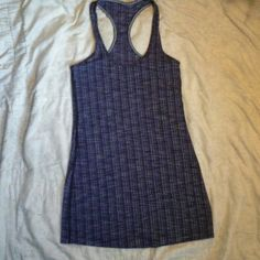 Lululemon purple/gray/black tank Excellent condition,  size is a guess, 13 & 1/2 inches from armpit to armpit,  I am fairly confident this is a size 4 lululemon athletica Tops Tank Tops