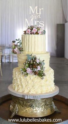 Buttercream wedding cake by Lulubelle's Bakes
