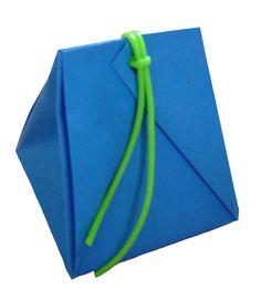 Modèle Pliage Origami de Pochette en papier