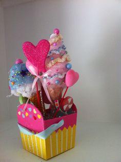 Children's birthday bouquet of cupcake