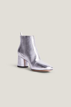 Marc Jacobs Rocket Metallic Leather Block Heel Chelsea Booties In Silver Marc Jacobs Shoes, Leather Chelsea Boots, Walk This Way, Metallic Leather, Low Heels, Heeled Mules, Spring Fashion, Booty, Silver
