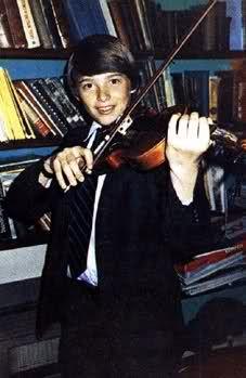 Young Hugh Jackman hehe so cute!