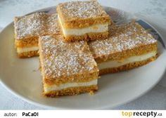 řez s mrkví a tvarohovou nádivkou Cheesecake Recipes, Dessert Recipes, Desserts, Easy Chicken Recipes, Sweet Recipes, Chocolate Dome, Sweet Cooking, Good Food, Yummy Food