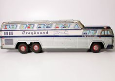 VINTAGE JAPANESE TIN FRICTION LARGE GREYHOUND LITHOGRAPHED BUS  #UNKNOWN