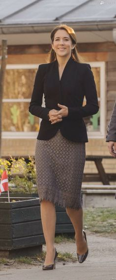 """Crown Princess Mary visited the kindergarten Troldehøj in connection with the Mary Foundation's project """"LæseLeg""""."""