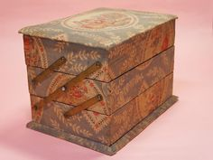 French covered box