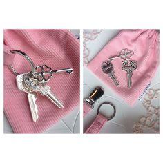 Den perfekte dåpsgave til jente og gutt. Sitt eget nøkkelknippe med klirrende nøkler i ekte sølv!