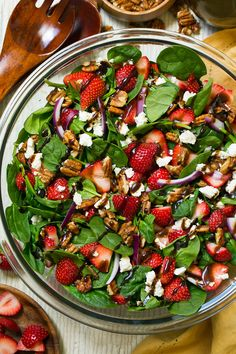 Strawberry Spinach Salad An easy and delicious spinach salad made with strawberries feta candied pecans and a balsamic vinaigrette Strawberry Salad Summer Salads Easy. Spinach Strawberry Salad, Spinach And Feta, Strawberry Vinaigrette, Strawberry Balsamic, Strawberry Walnut Salad, Strawberry Salad Recipes, Salad With Feta Cheese, Salad With Fruit, Raspberry Salad