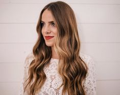 Wavy long hairstyle by Julia Engel