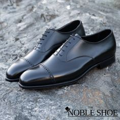 🥃Refined Elegance. Crockett & Jones Belgrave Handgrade in Black Calf. A Black Cap-Toe Oxford should be in any man's closet. Even more if it looks like this. . Fully made in Northampton from the finest calf in the world, with the finest Goodyear Welted construction the Belgrave has a rich history and an elegant shape with a discretely punched cap-toe. . Its available now for shipping for 615$ with DHL Express through our IG Shopping (Simply tap the sticker in the photo!) or through our… Crockett And Jones, Goodyear Welt, Calves, Oxford Shoes, Dress Shoes, Sticker, Lace Up, Construction, Toe