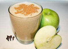 Apple Pie Smoothie | Reboot With Joe | Almond Milk, Banana, Apple, Cinnamon, Nutmeg, Clove, Honey
