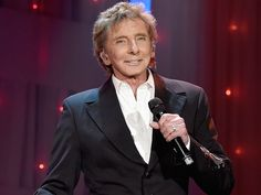 barry manilow 2016 | Barry Manilow Makes Surprise Appearance, Performing at Clive Davis ...