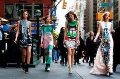 Meadham Kirchhoff and Mary Katrantzou Mary Katrantzou, Meadham Kirchhoff, V Magazine, Pretty Outfits, Pretty Clothes, Passion For Fashion, High Fashion, Street Fashion, Fashion Women
