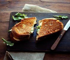 Apple-Cheddar-Grilled-Cheese