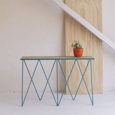 Image of Giraffe console table in turquoise