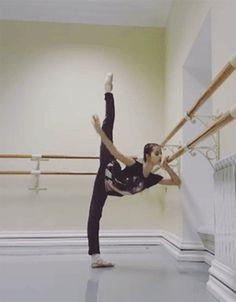 Vaganova Ballet Academy student Maria Khoreva