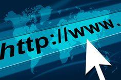 Digitalna internetska arhiva koja danas djeluje pod nazivom Wayback Machine indeksirala je i arhivirala podatke o 400 milijardi internetskih stranica, što je veliko postignuće koje se moralo podijeliti s korisnicima interneta na način da im pokažu najupečatljivije detalje iz bogate povijesti.
