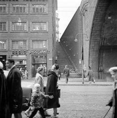 Kungsgatan at the Centre Hall. The year 1960 Stairs up to Malmskillnadsgatan