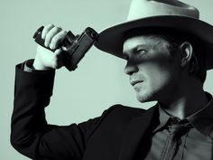 Timothy Olyphant as Raylan Givens in Hole in the Wall, episode 1 of Justified series 4