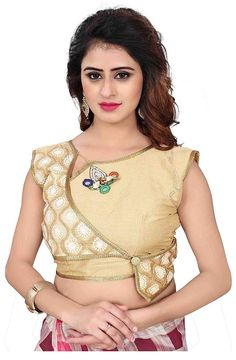 Tag your picture with to get featured on this page . New Saree Blouse Designs, Saree Jacket Designs, Fancy Blouse Designs, Stylish Blouse Design, Designer Blouse Patterns, Dhoti Saree, Lehenga Blouse, Net Saree, Sarees