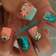 Having short nails is extremely practical. The problem is so many nail art and manicure designs that you'll find online Get Nails, Fancy Nails, Love Nails, Pretty Nails, Hair And Nails, Prom Nails, Mermaid Nails, Mermaid Mermaid, Beach Nails