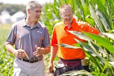 Scott Odle, president of Spectrum Seed and Scott Johnson, corn product manager