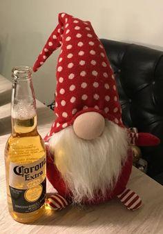 Dieser HausGeist legt Wert auf die EINE BierSorte. Da erübrigt sich wohl die ... Ghosts, Legends, Beer