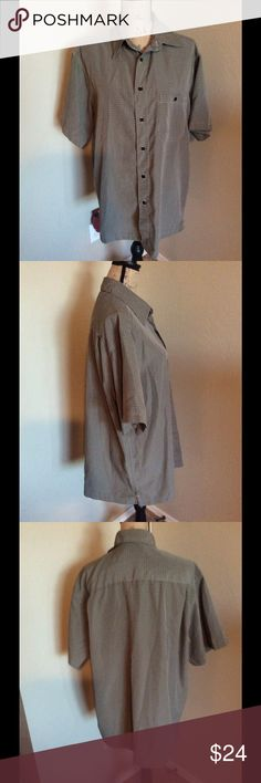 Marc Edwards luxury microfiber casual shirt. Short sleeve casual shirt with front button pocket.  100% polyester.  Extremely soft and like new condition. Marc Edwards Shirts Casual Button Down Shirts