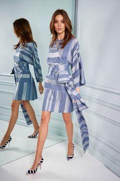 The complete Kimora Lee Simmons Resort 2018 fashion show now on Vogue Runway. Fashion 2018, Fashion Outfits, Womens Fashion, Fashion Trends, Cheap Fashion, Affordable Fashion, Fashion News, Rock Dress, Kimora Lee Simmons