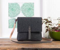 Grey crossbody handbag, Felt bag, Lightweight construction, Natural leather strap, Handmade woman purse from craftsman, 15% OFF SALE