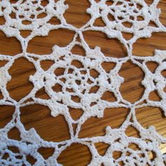 free pattern for this table runner