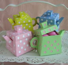 I am a tea pot, short and stout...(you know the rest) https://www.retailpackaging.com/categories/11-gift-boxes #DIY #craft #party