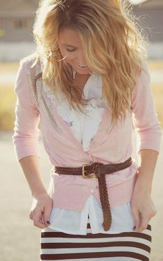 Who said you can't be modest and look trendy? love this outfit.