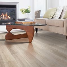San Marco Oak textured laminate floor. Light oak wood finish, 12mm 1-strip plank laminate flooring, easy to install and covered by PERGO's lifetime warranty.