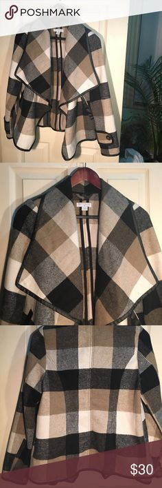 Cotton On XS Coat Neutral colored plaid coat. Large collar. Love this coat but I'm no longer an xsmall 🤓 Cotton On Jackets & Coats Pea Coats